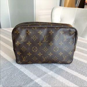 Louis Vuitton Toilette 23 Cosmetic Bag
